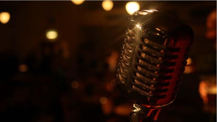The Wireless Theatre logo mic, in the flesh!