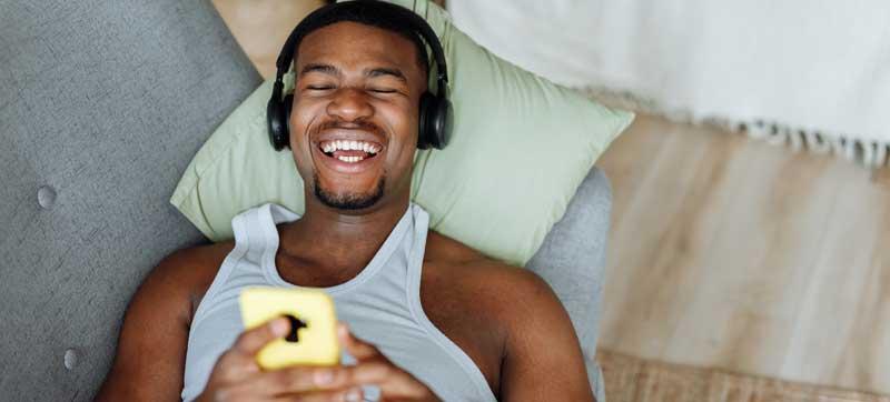 Audio sitcoms from Wireless Theatre