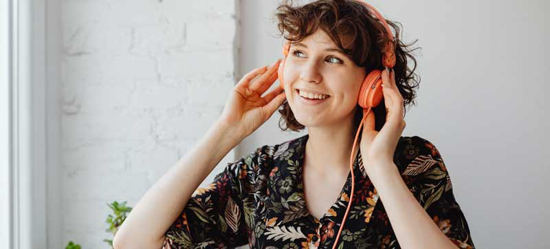 Musical Audio Comedy from Wireless Theatre